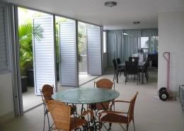 ext-aluminium-louvres-Ozsun Shade Systems Sydney