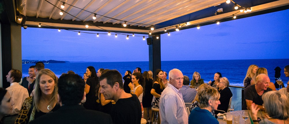 COLLAROY HOTEL - RETRACTABLE ROOF SYSTEM AT NIGHT