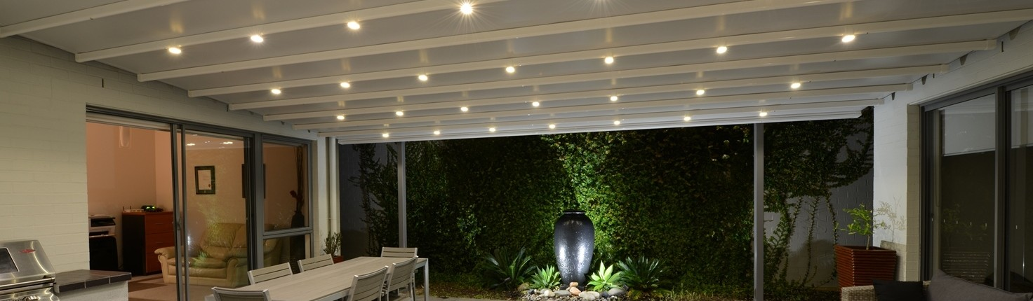 retractable_roof with_lights_Newington